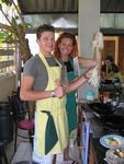 Leighton and Cherie try to make Pad Thai.