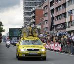 The riders of the Tour de France 2007 are about to approach.